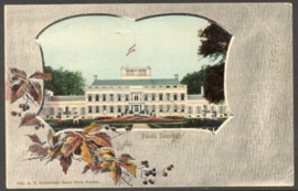 Briefkaart met kleinrondstempel SOEST (SOESTDIJK) naar ARNHEM. Op ansichtkaart Paleis Soestdijk.