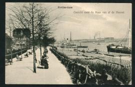 ROTTERDAM, Gezicht over de Maas van af de Heuvel. Gelopen kaart.