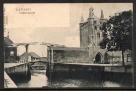 ZIERIKZEE, Zuiderhavenpoort. Gelopen kaart.