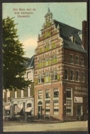 DEVENTER, Het Huis met de drie haringen, Deventer. Ongelopen kaart.