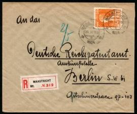 Cover met kortebalkstempel MAASTRICHT naar Duitsland. Aangetekend.