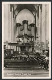 DOESBURG, Interieur Groote Kerk. Gelopen kaart.