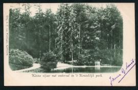 APELDOORN, Kleine vijver met waterval in 't Koninklijk park. Gelopen kaart.
