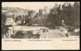 VALKENBERG, Groet uit Valkenberg. Vergezicht op ruïne en Schaesberg. Ongelopen kaart.