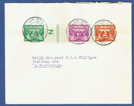 Cover met roltanding met kortebalkstempel UTRECHT-STATION naar 's Gravenhage. Velrandnummer.