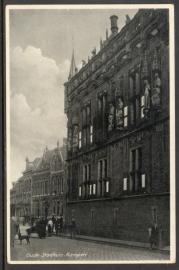 KAMPEN, Oude Stadhuis. Ongelopen kaart.