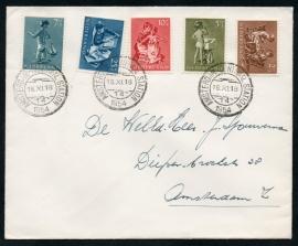 Cover met kortebalkstempel AMSTERDAM - CENTRAAL STATION naar Amsterdam. Met plaatfout 651 P1.