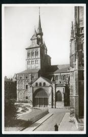 MAASTRICHT, St. Servaaskerk. Gelopen kaart.