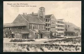 """BERGEN aan ZEE (Hollande) Hotel """"Nassau-Bergen"""" (Cote des dunnes). Gelopen kaart."""