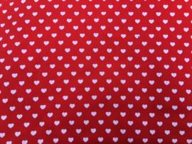 Rood met kleine witte hartjes