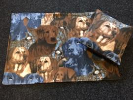 Fleece honden kleed met hondenprint op aanvraag (met of zonder antiplasmat erin