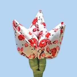 Tulp corsage wit met rode bloemen