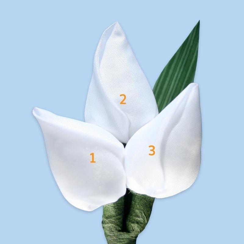 Tulp corsage met blad - maatwerk