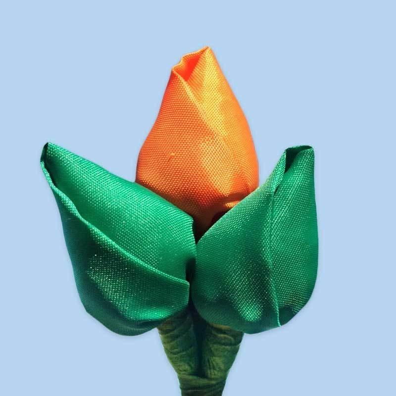 Tulp corsage groen-oranje-groen
