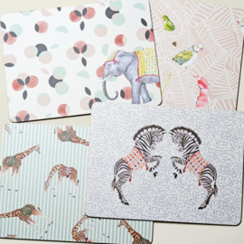 Yvonne Ellen Set van 4 placemats Carnival: olifant, giraffe, zebra's, kaketoe etc