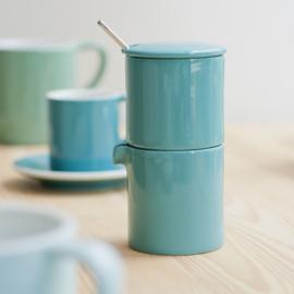 Loveramics Bond rivierblauwe stapelbare melk en suiker set met lepeltje