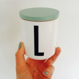 Design Letters mint deksel voor porseleinen mok