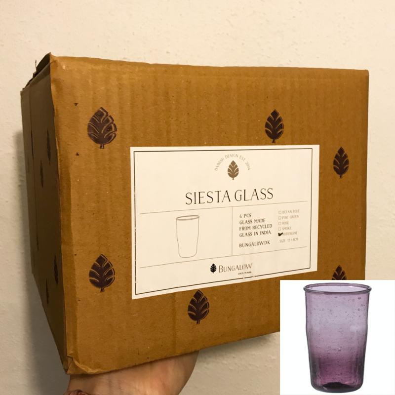 Bungalow Siesta belletjesglas aubergine 410 ml, set van 4 in een doosje