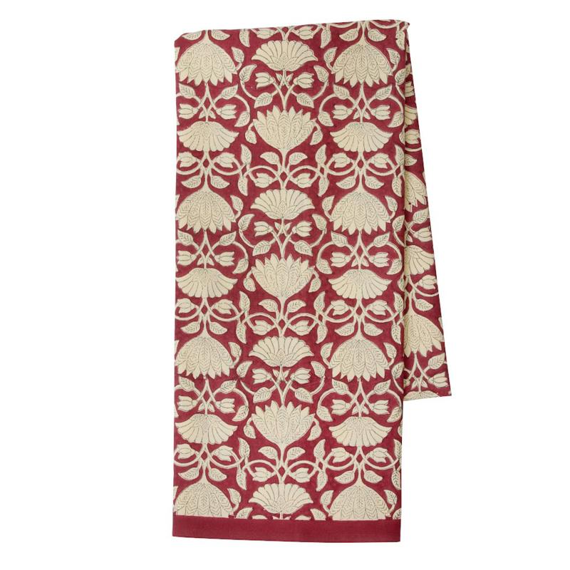 Bungalow Savannah Ruby katoenen tafelkleed met blokprint in gebroken wit met donkerrood 150 x 250 cm