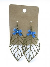 Miss Doris - home made earrings Leaf STEELBLUE