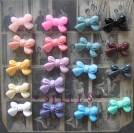 B09 Flatback cabochon - cute bow
