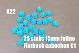 K22 25 stuks Feline 15mm flatback cabochon aquamarine