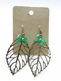 Miss Doris - home made earrings Leaf AQUAMARINE