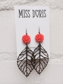 Miss Doris | LEAF earrings ORANGE