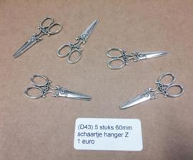 D43 5 stuks vintage scissors schaartje baroque hanger zilver