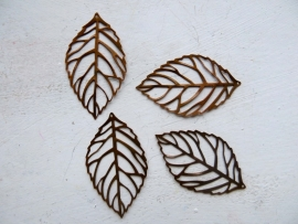 K47 Set of 4 Hollow Leaf pendants Red Copper 54x31mm