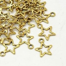 C26/1 Golden open star pendant   15mm 25 stuks