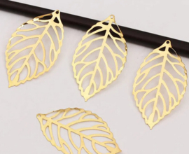 B45 20 stuks gouden filigree blaadjes leaf gold