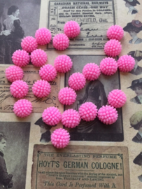 L20 H02/2 BETTY | 12mm resin cabochon | PINK (25pcs)