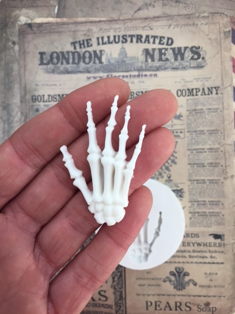Sillicreations Mould   Skeleton hand