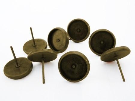 B39 Oorbellen DIY settings 10mm stekers - brons 10 paar