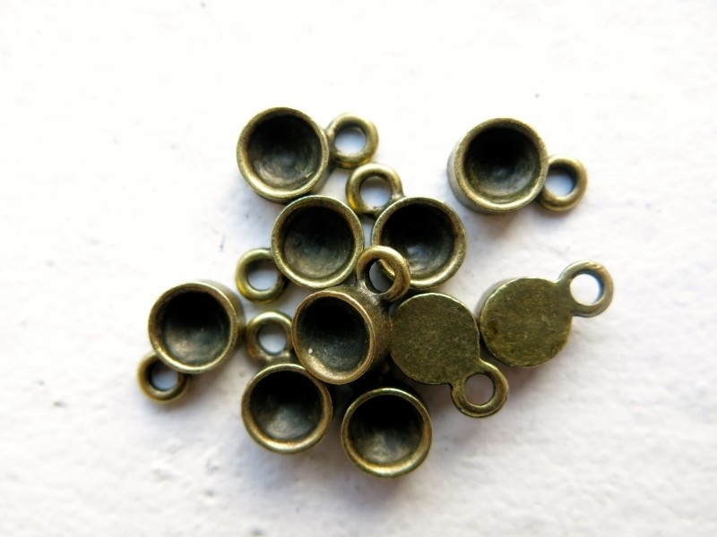 C28 Laura setting 6mm bronze 25 pcs