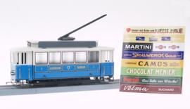 62 Tram uit München met balkon en verlichting