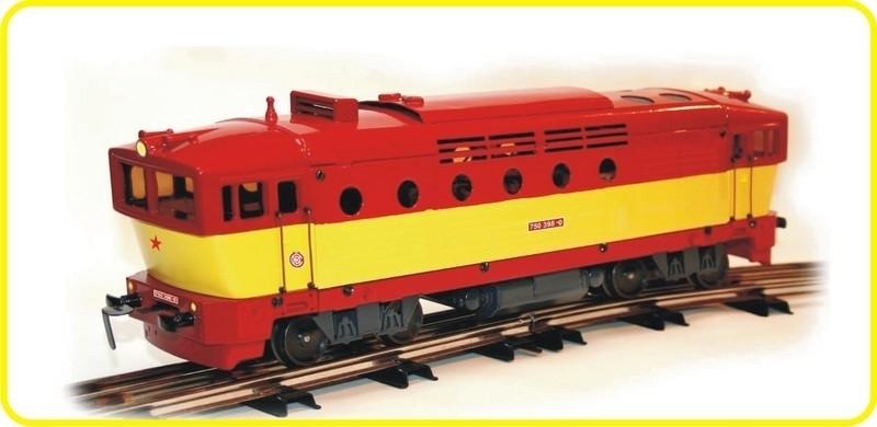 8125 diesel locomotive CSD 750