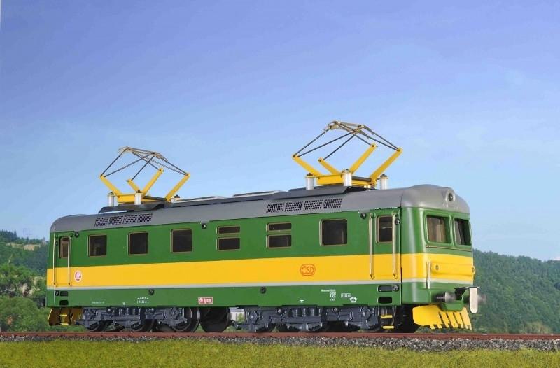 9136 E Lokomotive CSD reihe 182 EP III