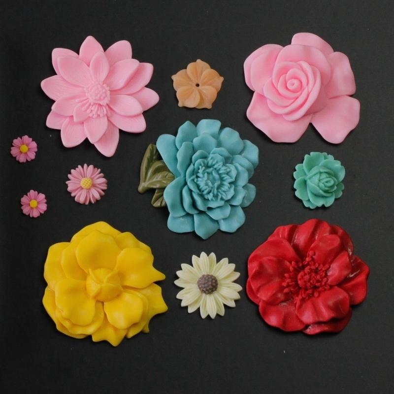 Sillicreations Mould   Flower Set