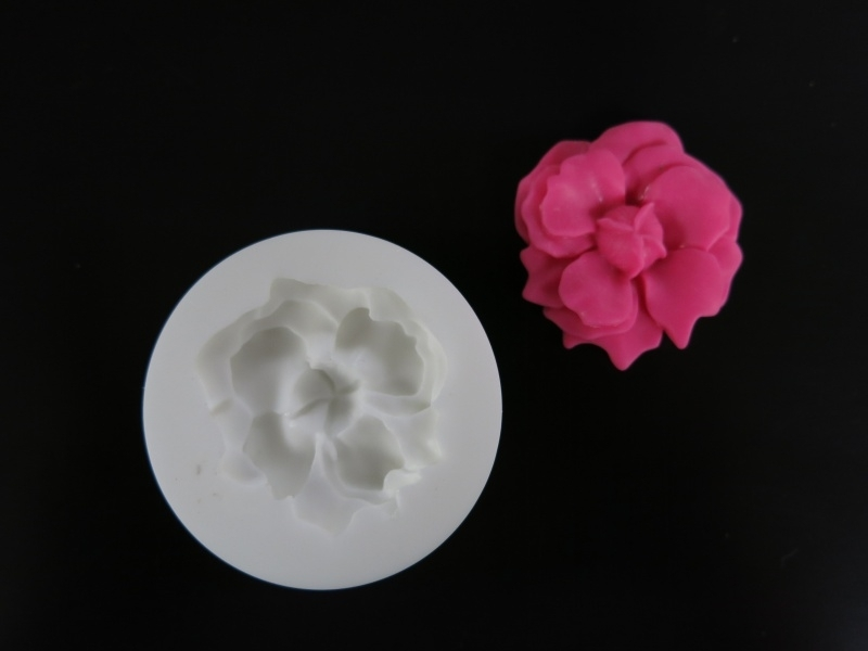 M0112 Sillicreations Mould | AZALEA