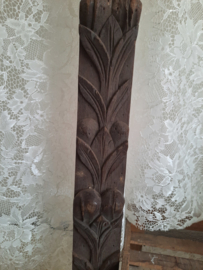 Lang houten ornament