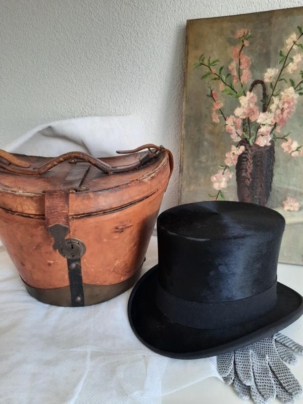 Leren hoedendoos inclusief hoge zijde hoed
