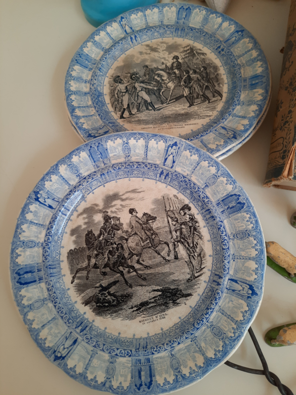 Set van 4 bordjes Napoleon