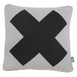 Grijs kussen met zwart X