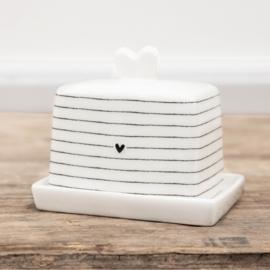 Butter Fleet stripes white/heart black