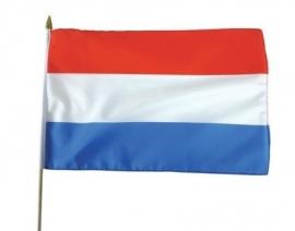 Vlag op stok Nederland stof (30x45cm)