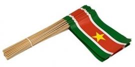 Vlaggetje op stok papier Suriname
