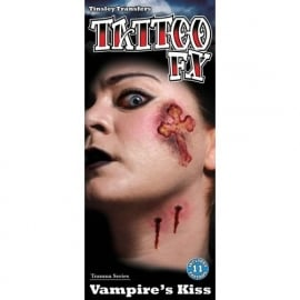 Wond tattoo Vampire Kiss