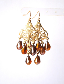 Chandelier oorbellen met crystal goudbruin